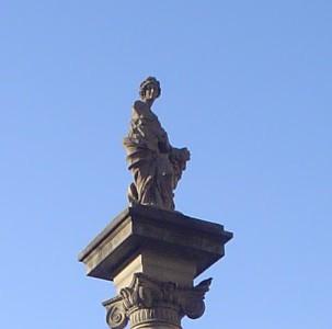 statua_piazza_repubblica