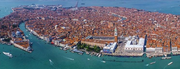 venezia_dall_alto-766x297
